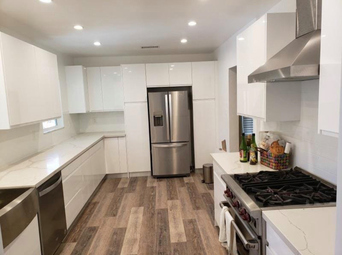Kitchen remodeling in N Hollywood