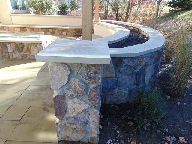 Outdoor Patio Kitchen Fire Place Pavers Seating Wall