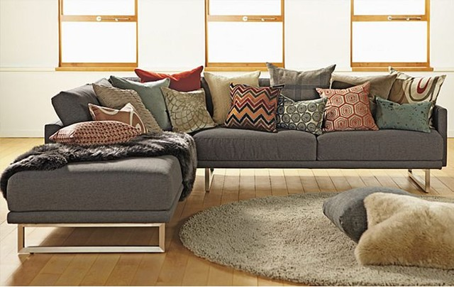 Odin Sectional With Accent Pillows By Ru0026B Modern Living Room Awesome Ideas