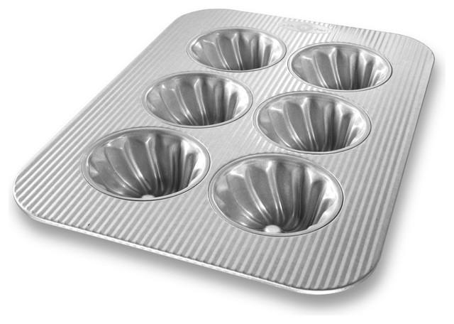 Usa Pan Bakeware Aluminized Steel 6-Well Swirl Cupcake Pan.