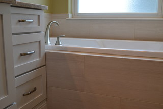 Snyder master bath denver par woodland designs inc for Chambre bebe denver
