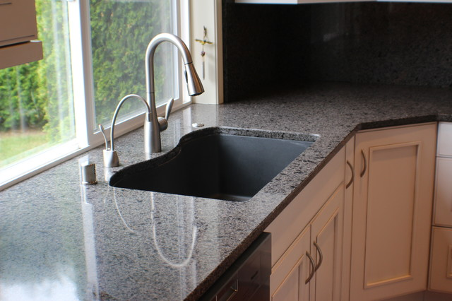 Kitchen photo in Other