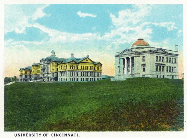 Quot Cincinnati Ohio University Of Cincinnati Campus Scene