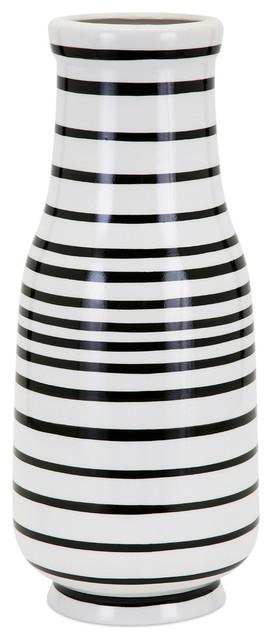 Parisa Vase, Medium