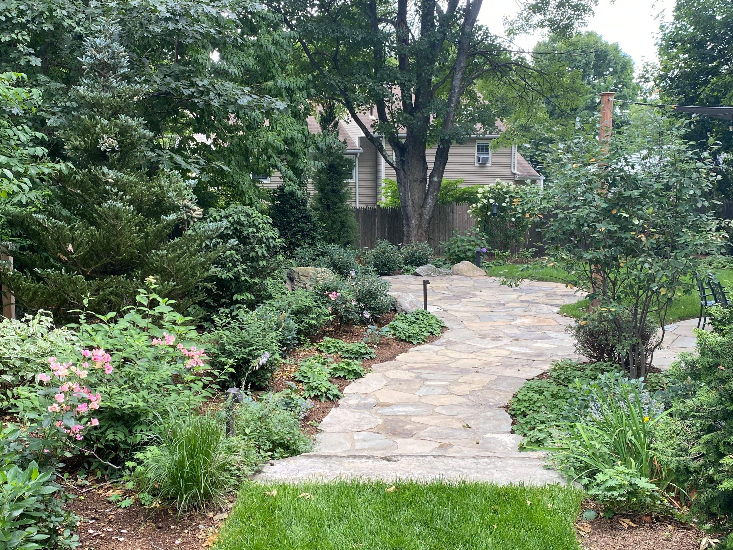 fieldstone paving