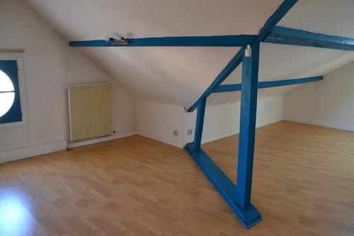 besoin d 39 un conseil pour cr er un dressing dans cette chambre. Black Bedroom Furniture Sets. Home Design Ideas