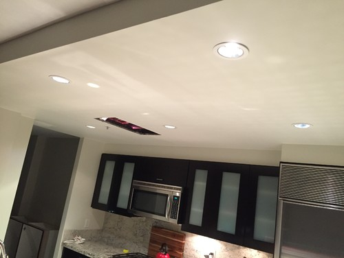 LED vs. Halogen floodlights for Kitchen and Bathroom