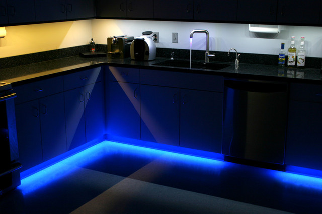 led kitchen under cabinet and toe kick lighting contemporary kitchen