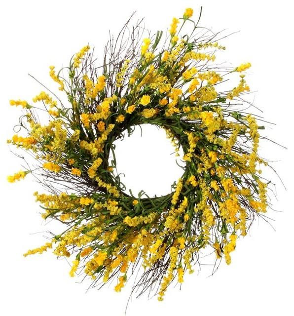 "Clover Berry Wreath 24""."