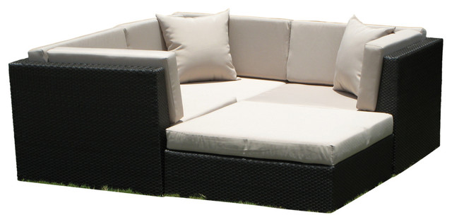 Outdoor Wicker Sofa Sectional 4-Piece Resin Couch Set.