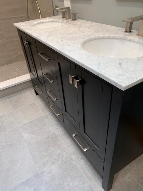 Orland Park - Master Bathroom