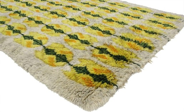 Consigned Vintage Swedish Rya Rug With