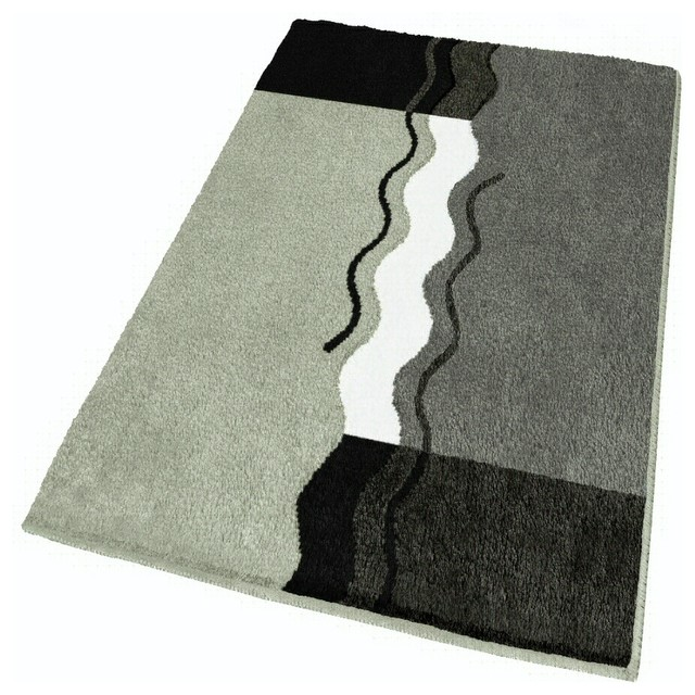 Gentil Oversized Bath Rug, Gray