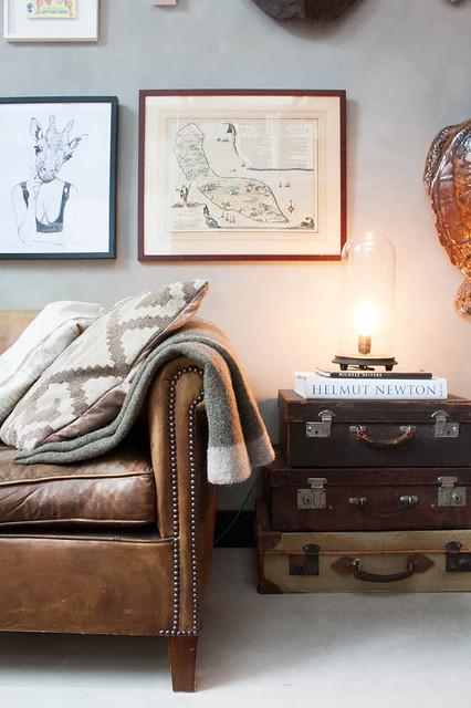 Bon voyage! Antika resväskor som blir vacker förvaring