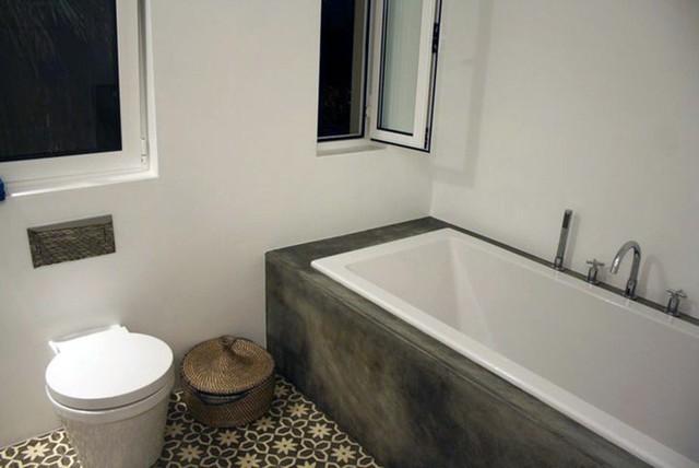 carreaux ciment clectique salle de bain nancy par la maestria. Black Bedroom Furniture Sets. Home Design Ideas