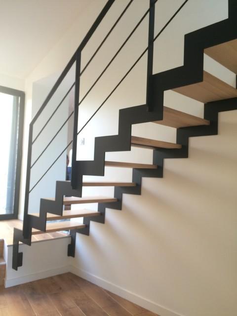 limon d coup laser z contemporain rennes par hallou escaliers metal bois. Black Bedroom Furniture Sets. Home Design Ideas