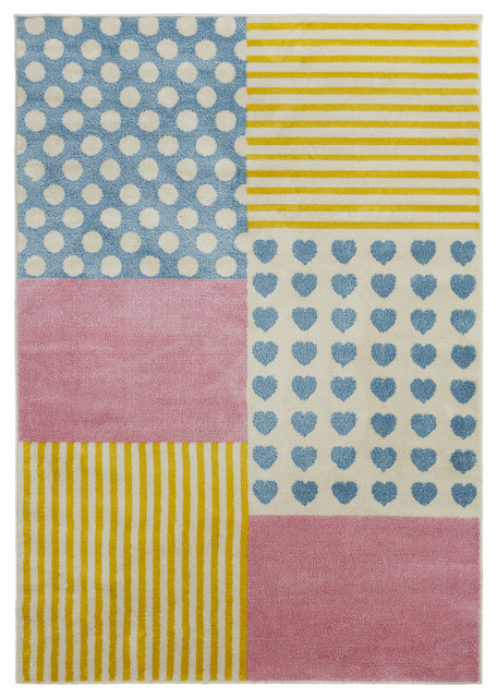 Whimsical Patchwork Indoor Area Rug, 4&x27;x6&x27;.