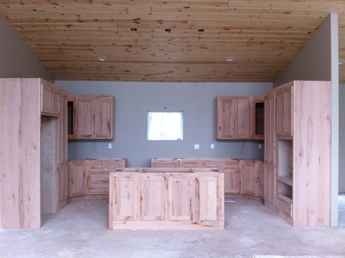 Captivating Coordinating Kitchen Cabinets, Walls, Ceilings And Floors