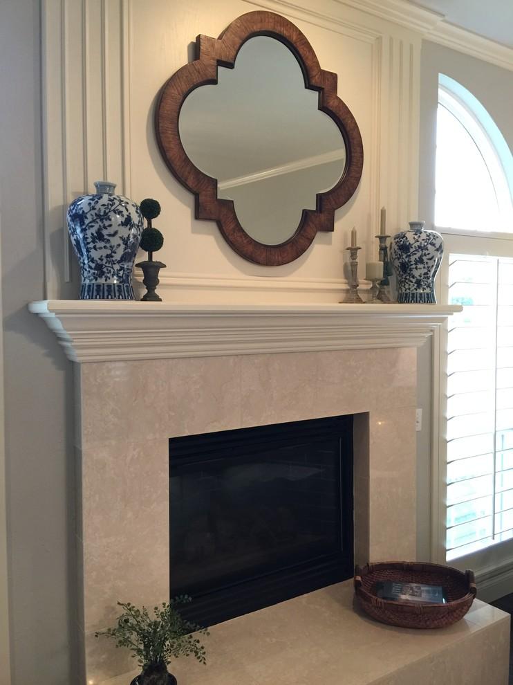 Elegant home design photo in Oklahoma City