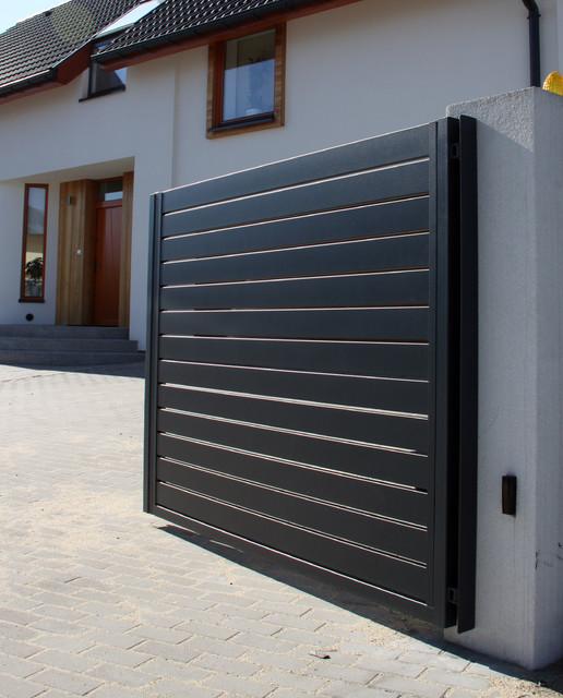 Emejing Contemporary Gate Designs For Homes Ideas