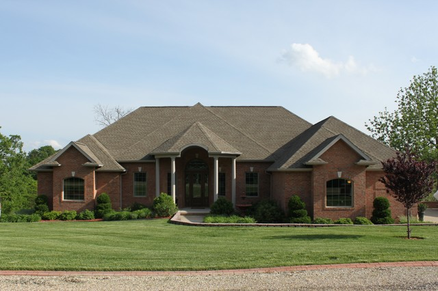 Example of a classic home design design in Other