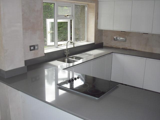Cemento spa quartz worktops silestone contemporary - Silestone o granito ...