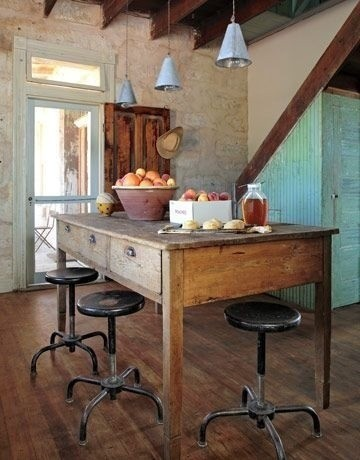 Farmhouse-Style Dining Inspiration Gallery | Apartment Therapy Los Angeles eclectic-dining-room