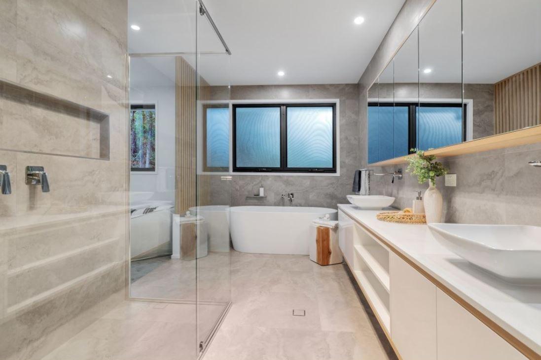 Tarragindi New Build - Bathroom
