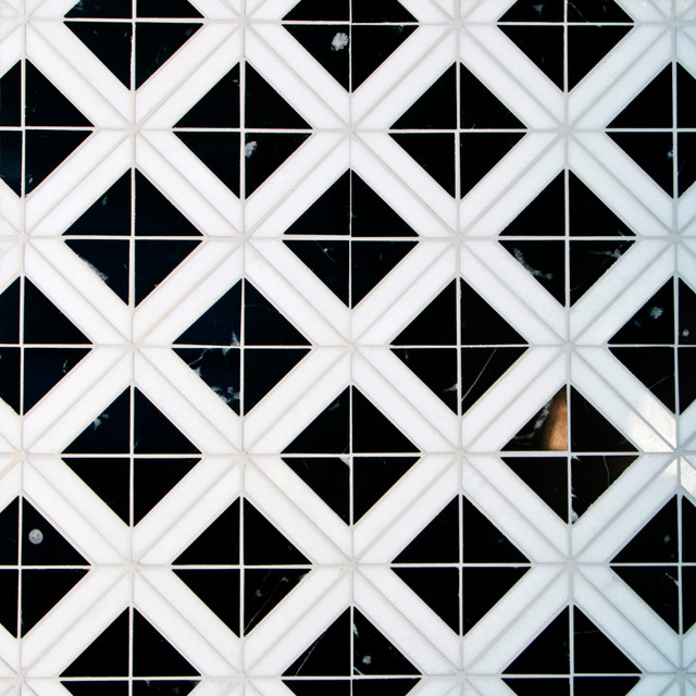 Triangle With Strip Marble Mosaic Tile, Black and Carrara White, 5 Sheets