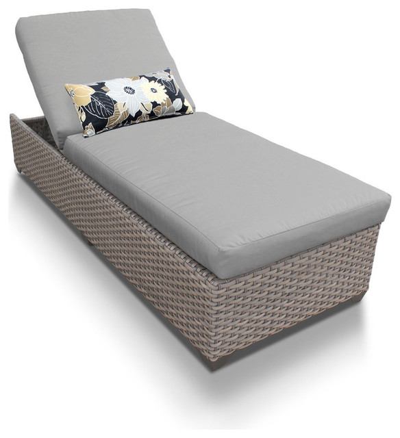 Oasis Outdoor Chaise Lounge, Gray.