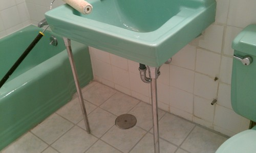Shall I Trash This 60 S Green Retro Bathroom