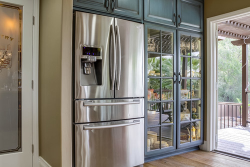 How To Utilize Glass Front Cabinets In, Tall Kitchen Cabinets With Glass Doors