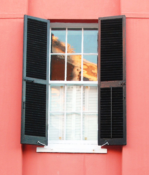6 Rules for Selecting Exterior Shutters with Curb Appeal