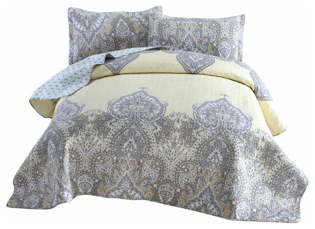 Bohemian Pale Daffodil Quilted Coverlet Bedspread Set Light