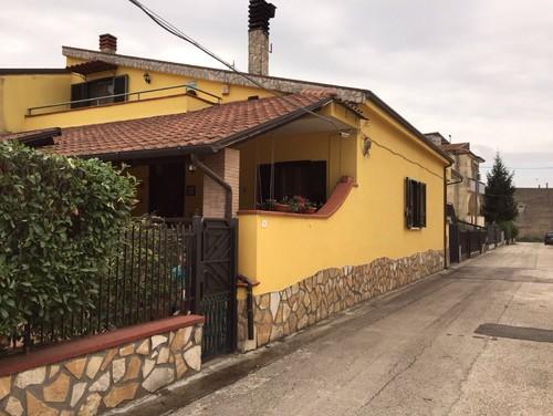 Colore per esterno casa - Esterno casa colore ...