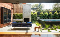 A Small Garden Transformed With Smart Zoning and Layered Planting