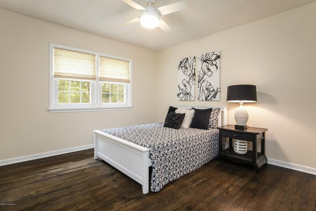 Wythe Hill Circle, Prospect -- Staging