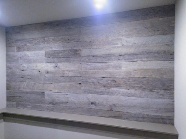 Barnwood Accent Bedroom Wall