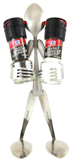 Salt And Pepper Grinder - Spoon.