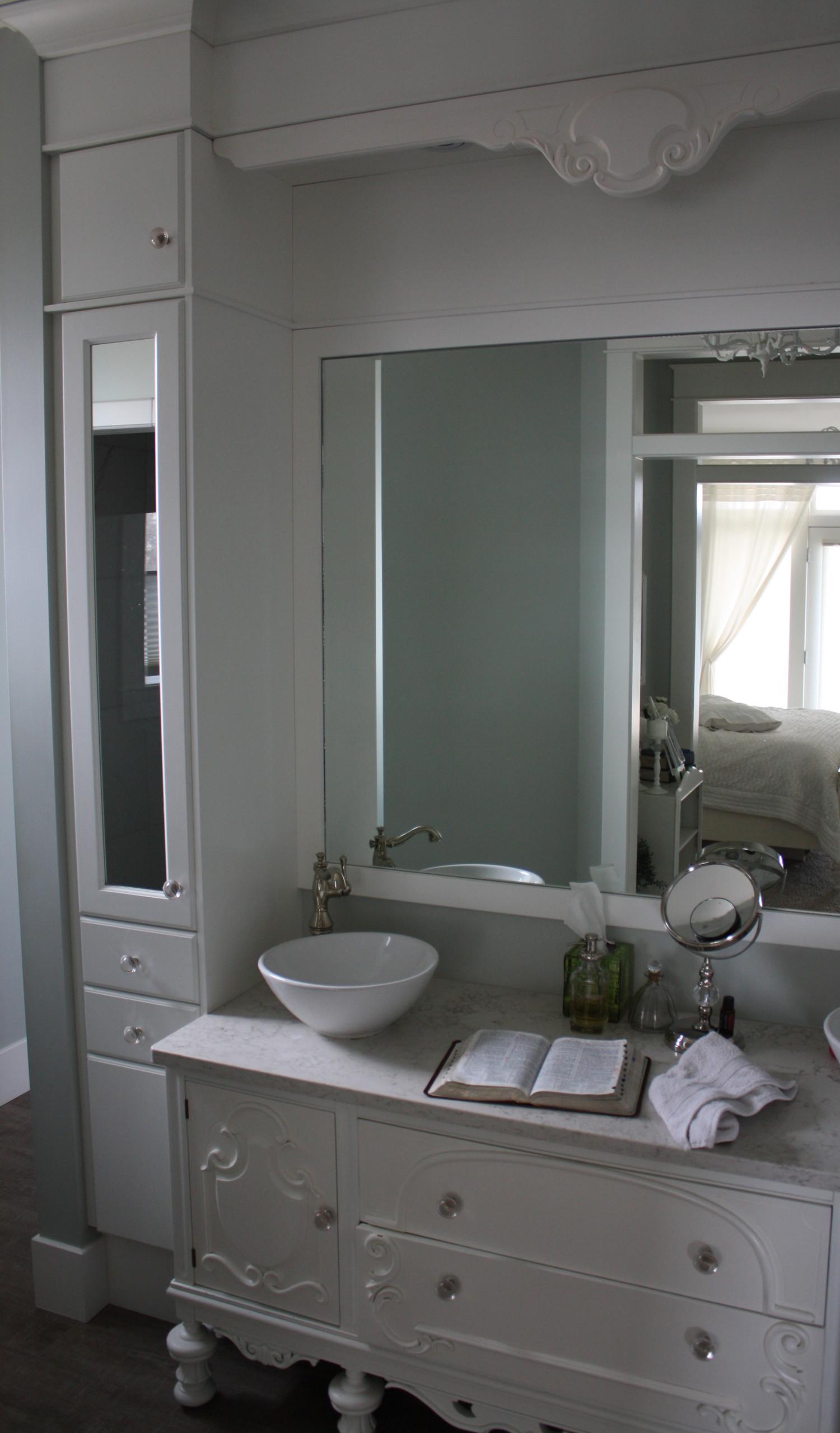 Classic White Bath
