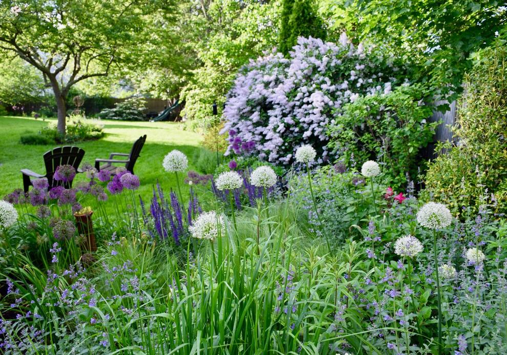 Bristol Garden - Providence - by Sunflower Designs LLC