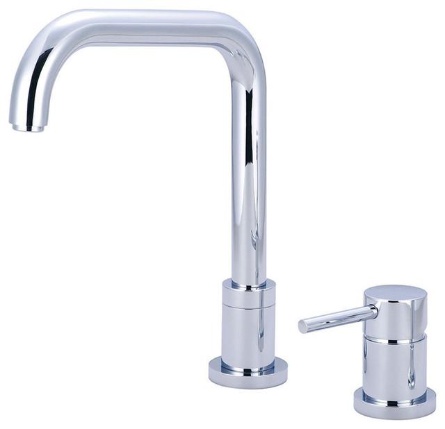 Motegi Single Handle Kitchen Faucet, Polished Chrome
