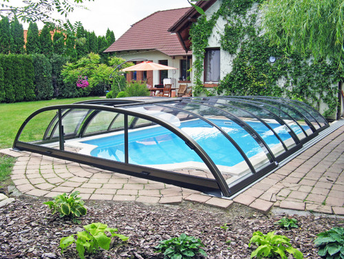 Would you build a pool in florida with no screen enclosure for Pool lanai cost