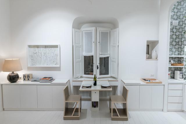 Dettaglio Del Tavolo Con Panche A Scomparsa Nel Mobile Buffet 2 Contemporaneo Altro Di Studio Ricciardi Architetti Houzz