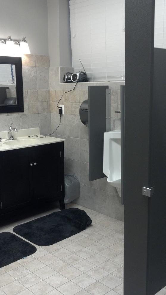 RVFD-Bathroom Sink and Urinals