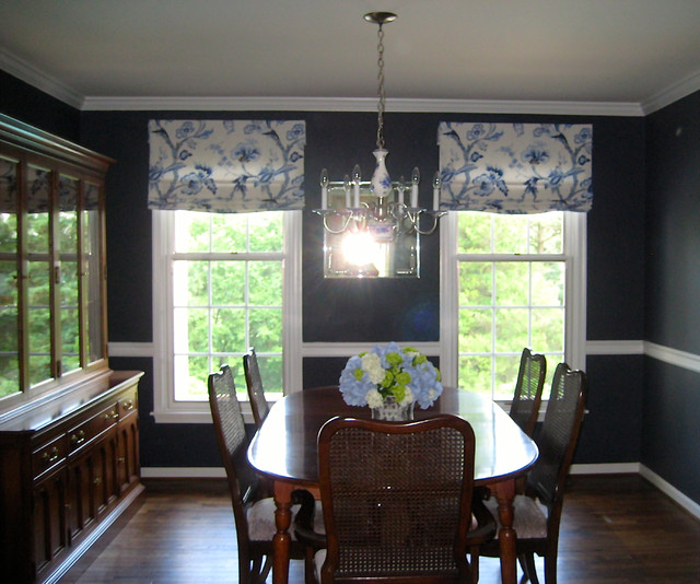 Relaxed roman shades traditional dining room for Relaxed dining room ideas
