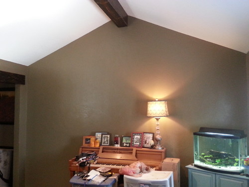 What to do with blank wall with cathedral ceiling in my - How to decorate high walls with cathedral ceiling ...