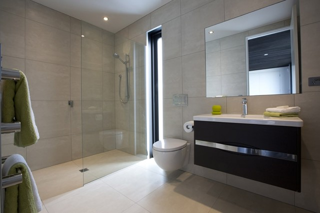 Bathroom Tiles Nz : Earthstone talc ivory tiled bathroom capriana dr karaka