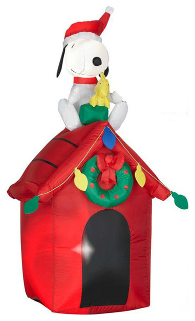gemmy 85764 airblown christmas lights up snoopy and woodstock on doghouse 48 contemporary - Snoopy Christmas Lights