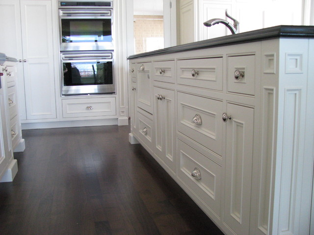 Customizable Traditional Modular Inset Cabinets Traditional Kitchen